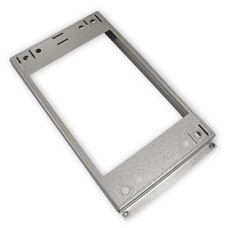 Stropní kovová deska